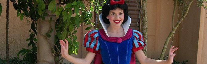 Snow White Epcot meet and greet KennythePirate