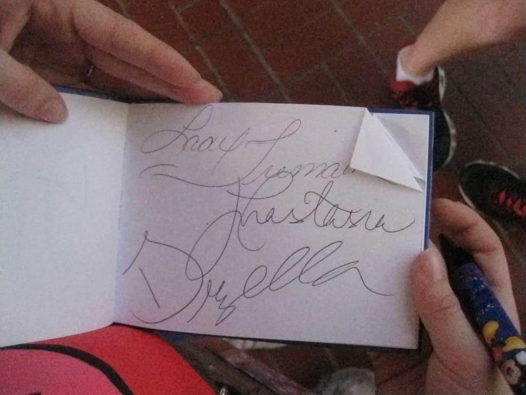 23 Tremaine Familys Autograph