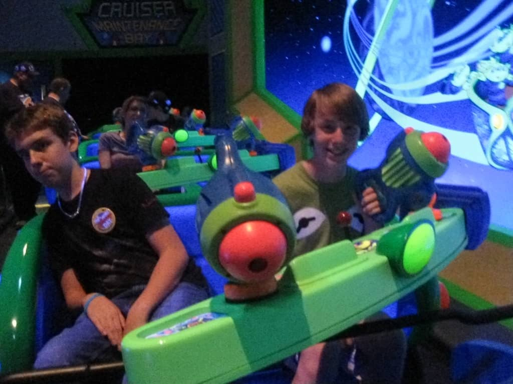 67 Buzz Lightyear Ride (2)