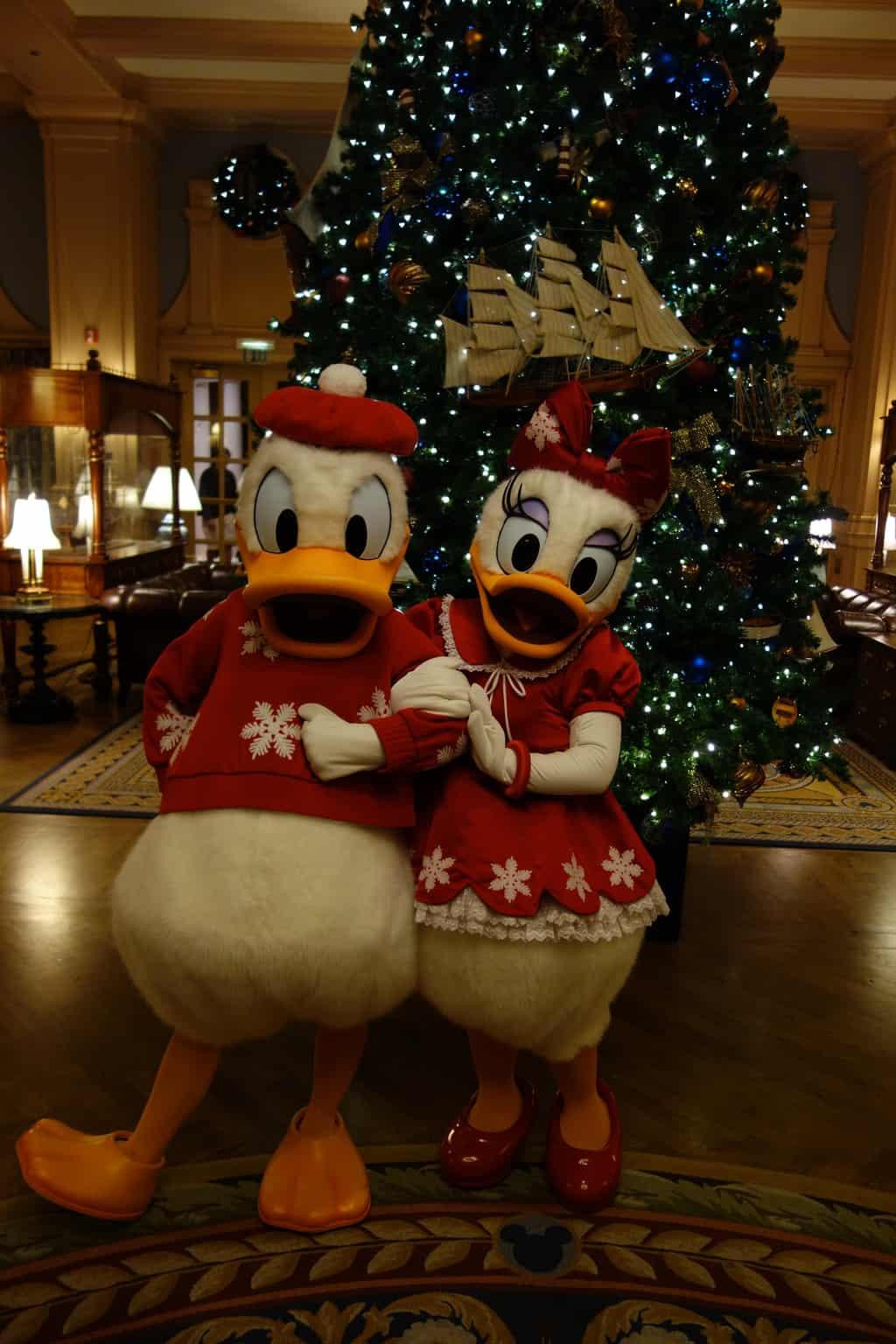 Daisy and Donald Dec 2012 xmas yacht (2)