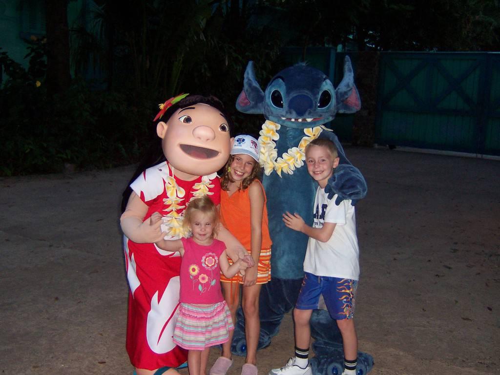 Lilo and Stitch at Animal Kingdom 2006