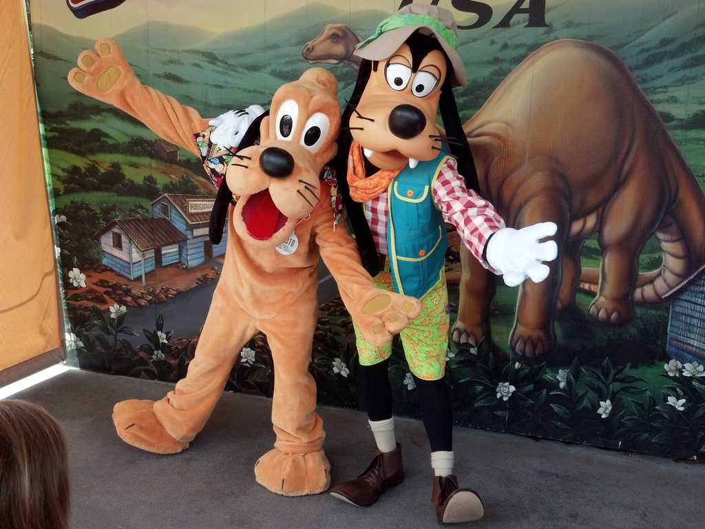 Pluto And Goofy At Dinoland In Animal Kingdom Kennythepirate Com
