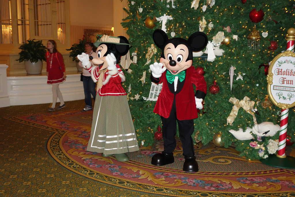 Mickey and Minnie DEc 2012 Grand