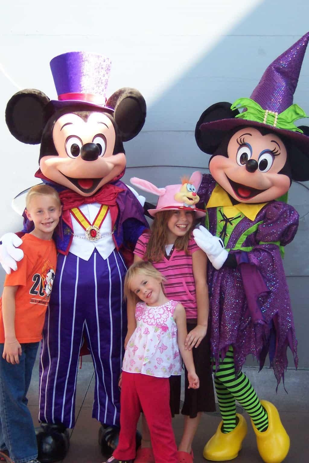 Mickey & Minnie 2007 DL