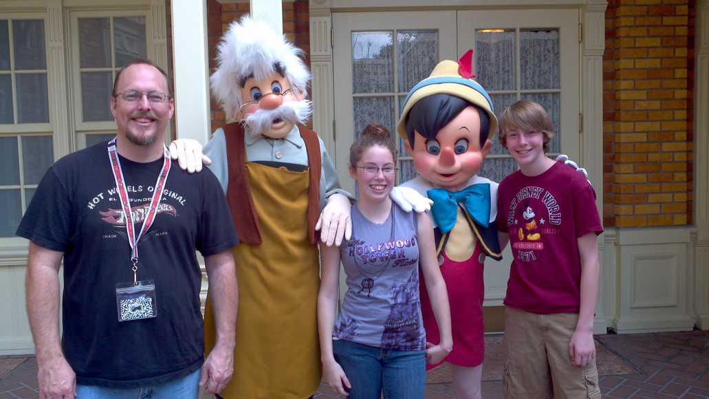 Gepetto n Pinocchio MK Feb 12
