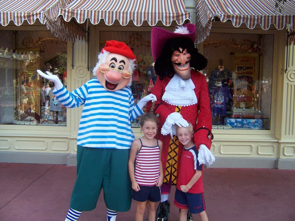 Mr smee archives kennythepirate capt hook and mr smee in magic kingdom 2004 kristyandbryce Image collections