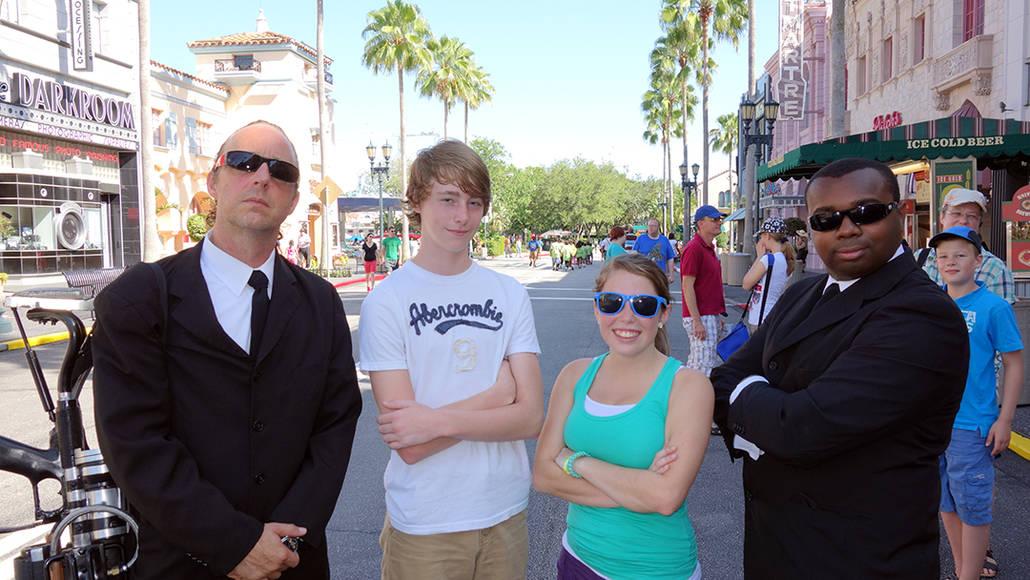 Universal Studios Orlando Men in Black Meet and Greet (1)
