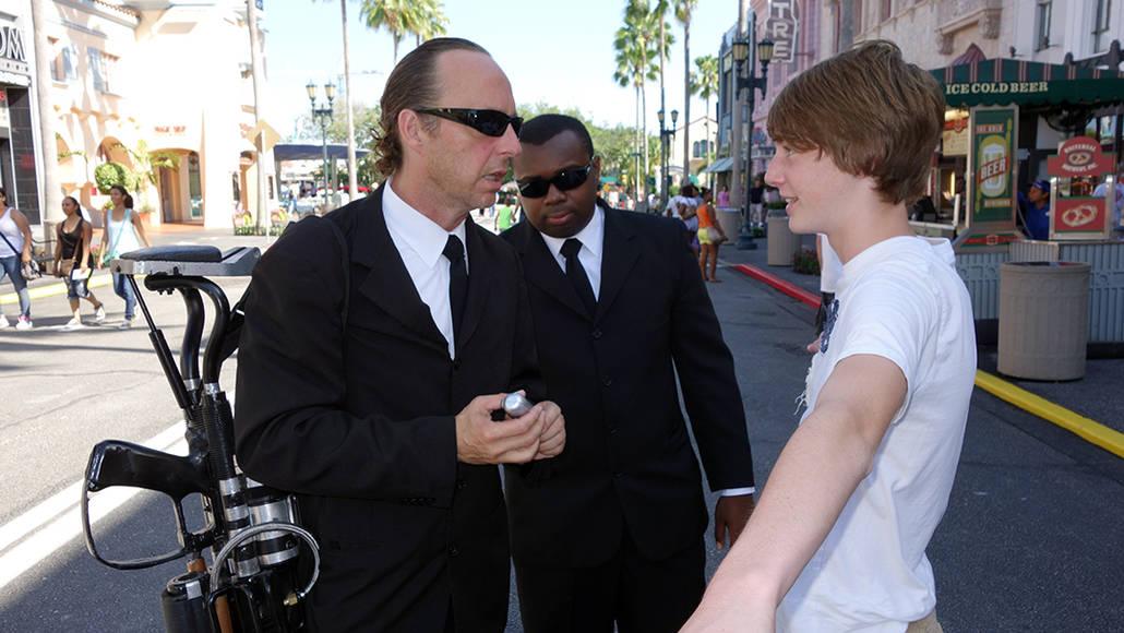 Universal Studios Orlando Men in Black Meet and Greet (5)