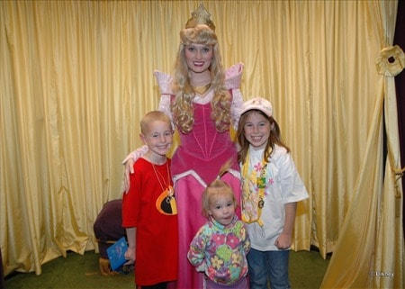 Aurora (Sleeping Beauty)  at Toontown in Magic Kingdom 2005