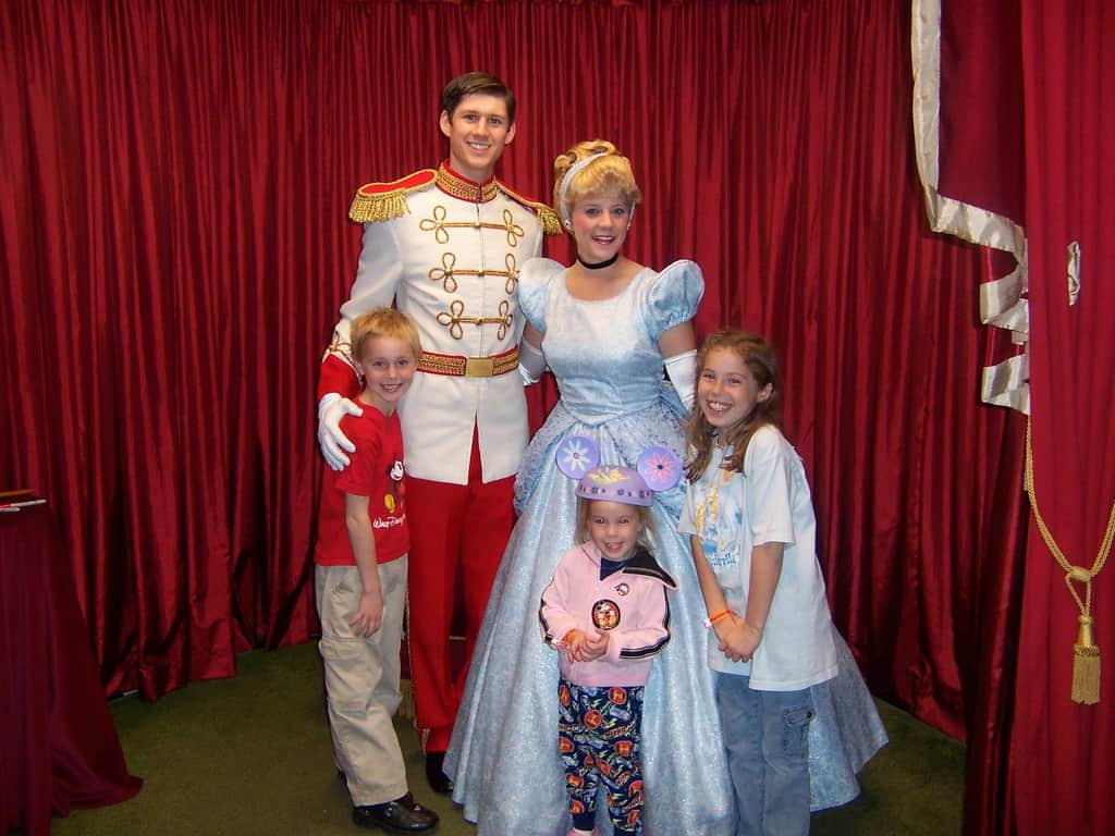 Cinderella and Prince Charming at Toontown in Magic Kingdom 2006