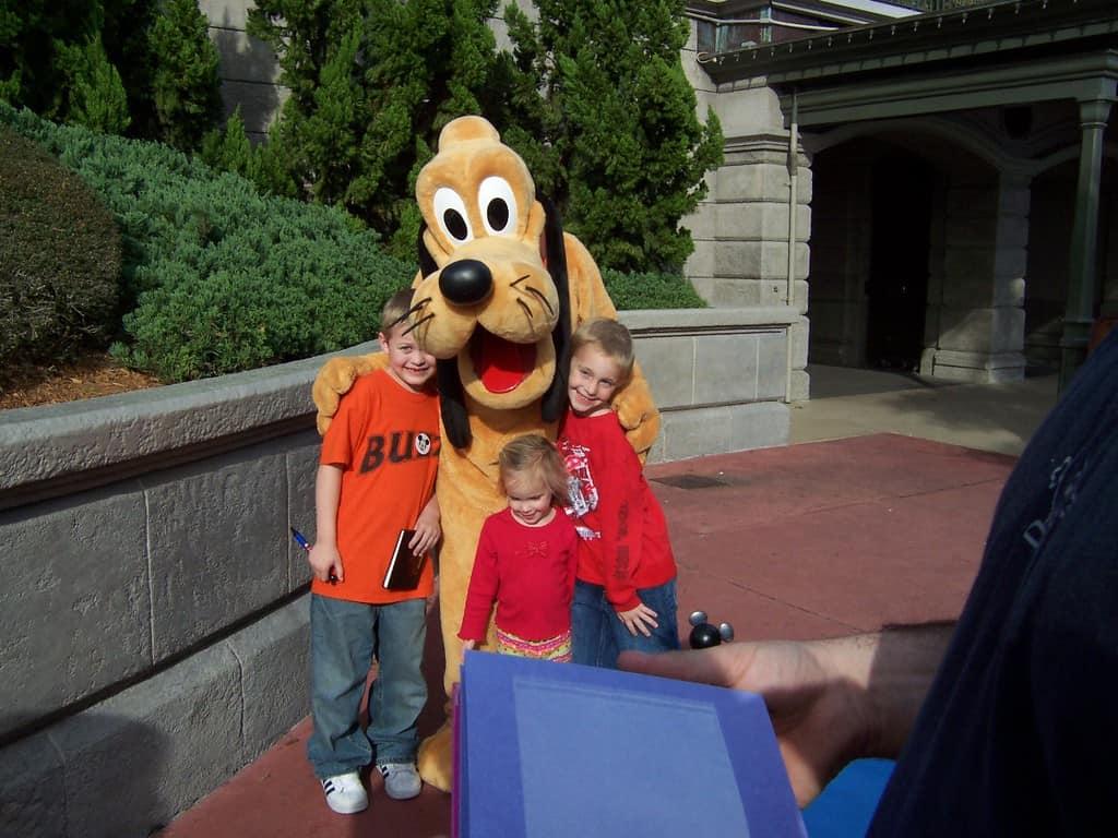 Pluto at Magic Kingdom 2006