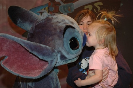 'Ohana character meal staying open later