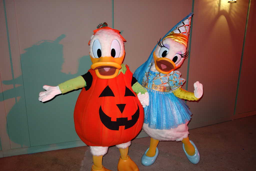 Mickey's Not So Scary Halloween Party Donald and Daisy