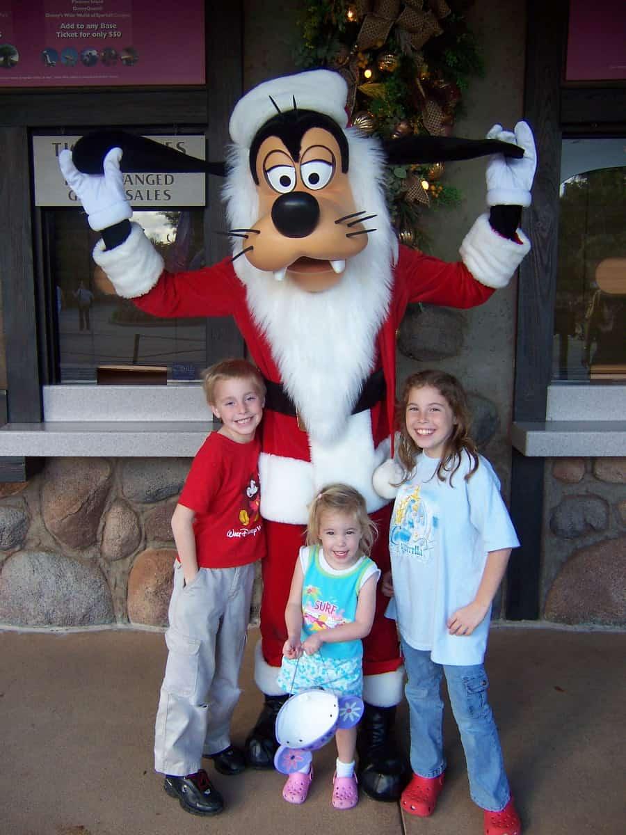 Animal Kingdom Christmas 2006