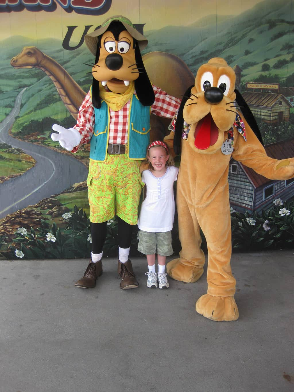 Pluto and Goofy at Dinoland in Animal Kingdom 2010