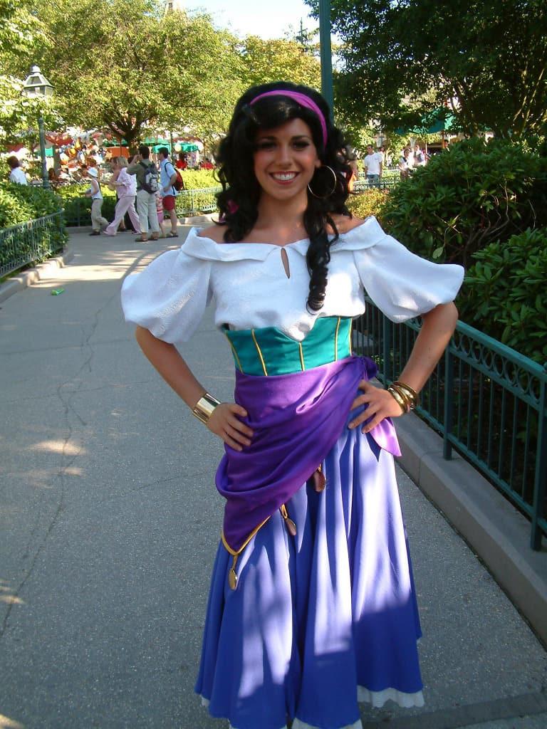 Disneyland Paris, Characters, Esmeralda, Meet and Greet
