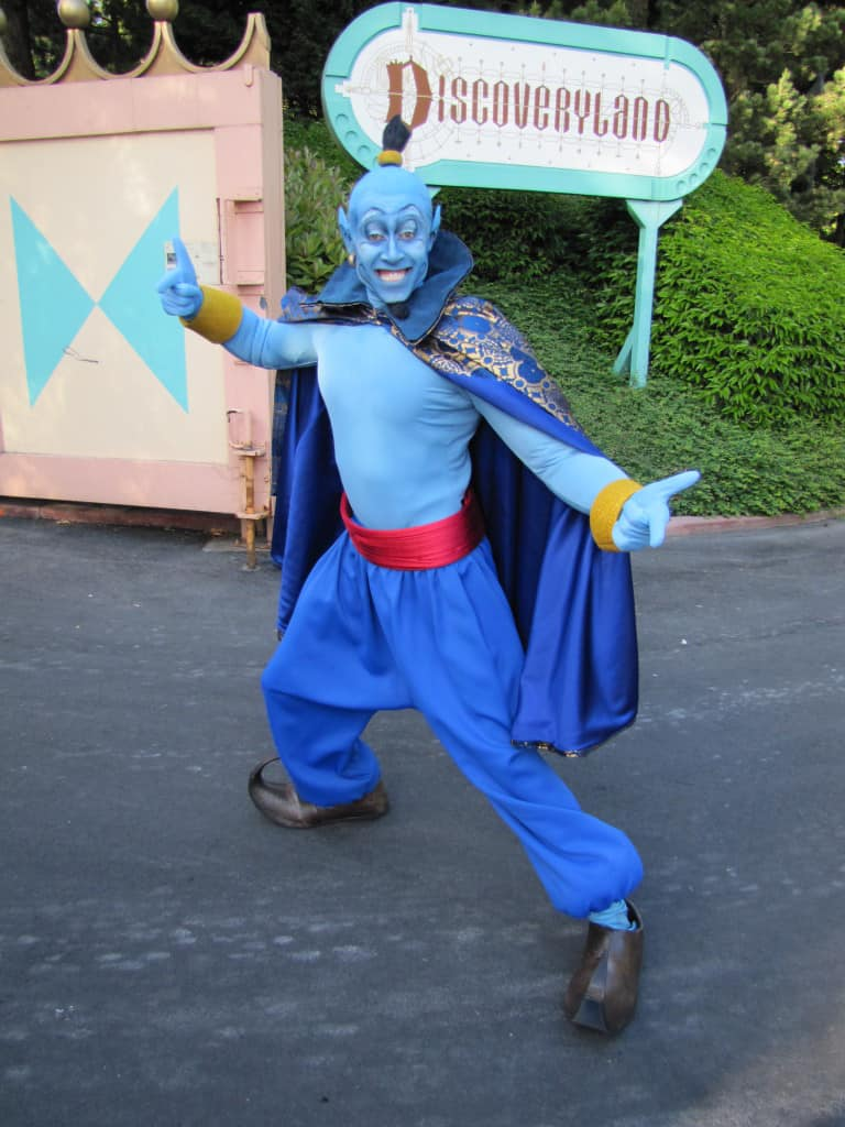 Human Genie at Disneyland Paris meet and greet character