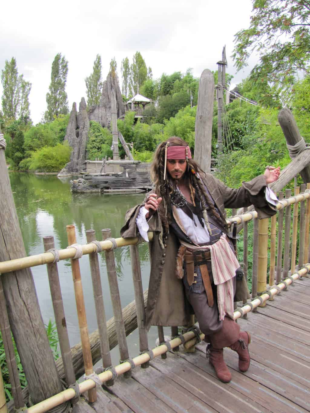 Jack Sparrow doing daily Meet'n'Greets