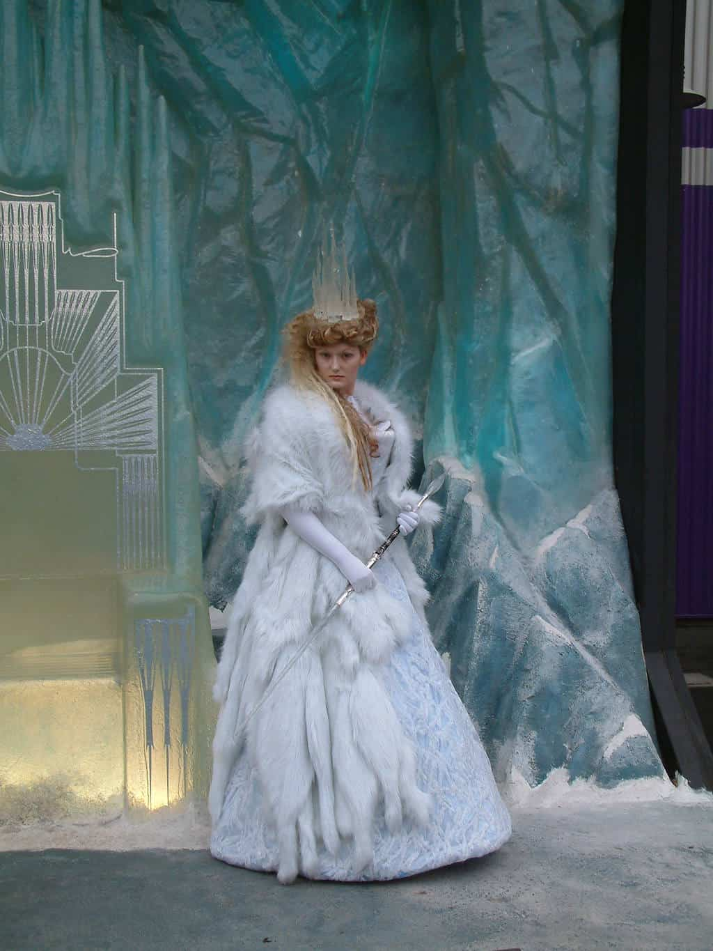 The Queen of Narnia came out for Meet'n'Greets when the first Narnia movie hit the theaters, but after a few months she disappeared. Since then she only came back once for a special event.