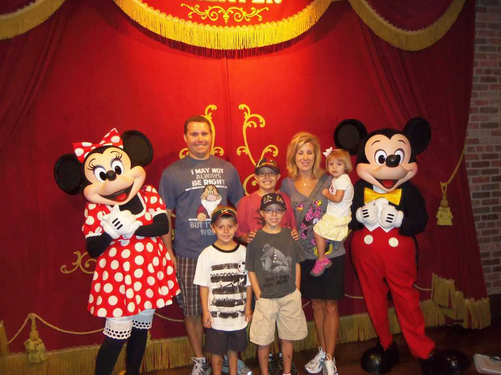 The whole family joined in for a meet with Mickey and Minnie. Minnie has since moved out to Pete's Silly Sideshow.