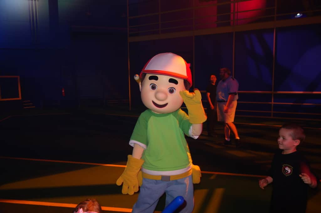 Disney Jr Dance Party Hollywood Studios Handy Manny