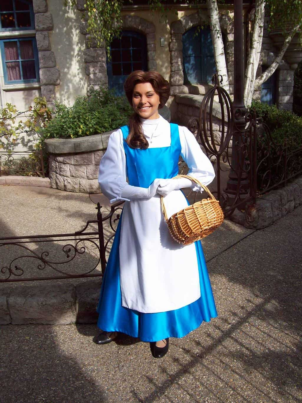Belle in her village outfit. She used to walk around Fantasyland but nowadays does Meet'n'Greets at the Princess Pavilion.