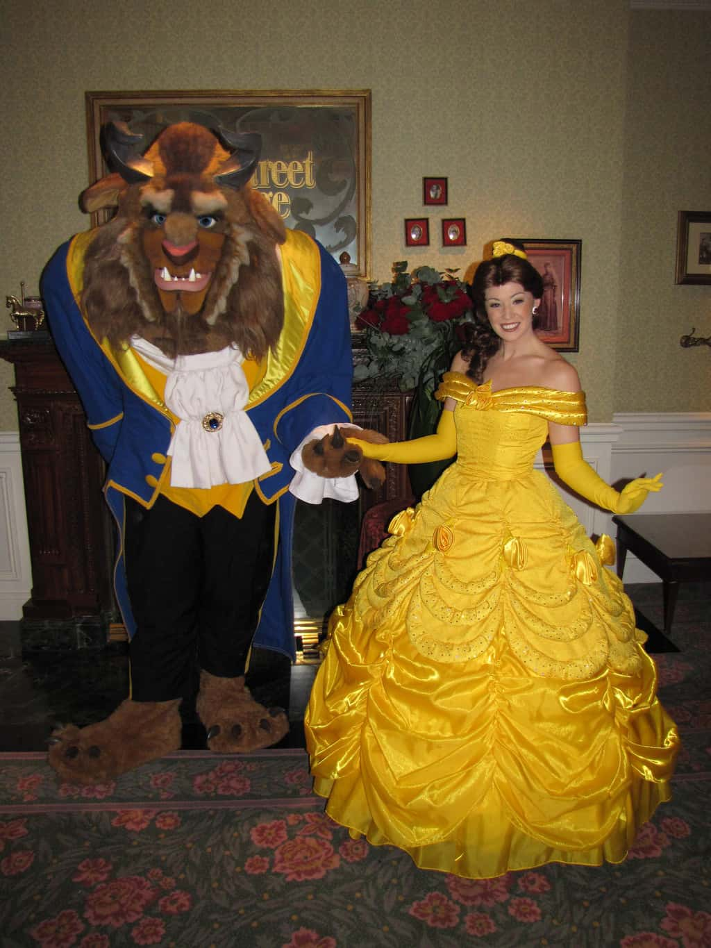 Belle and the Beast doing a special Meet'n'Greet during Valentine's Day 2010 at the Disneyland Hotel.