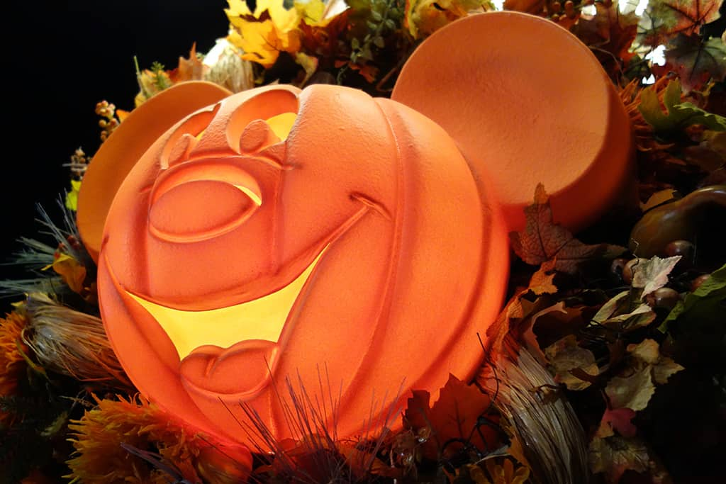 Mickey's Halloween Party, Halloween Time