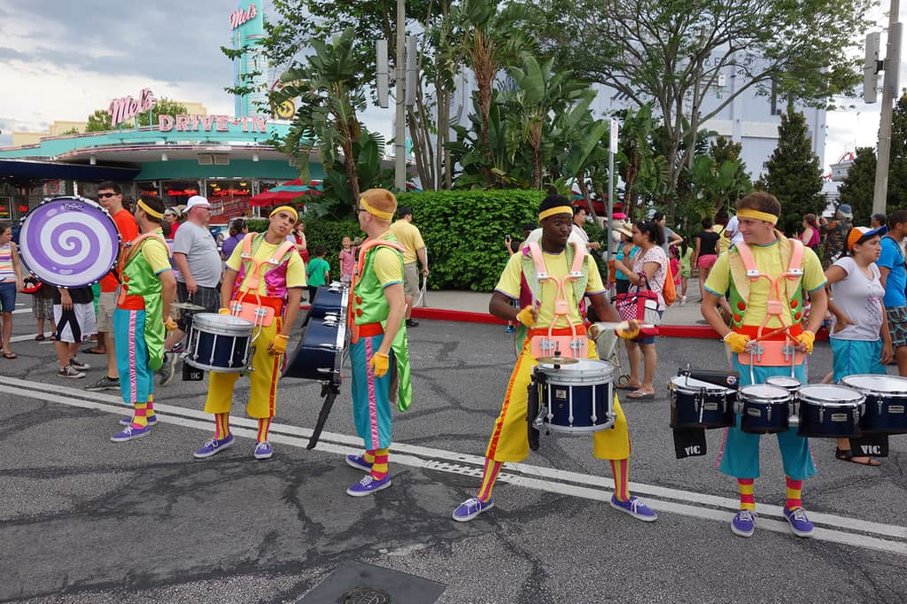How To Meet The Characters From Hop At Universal Studios Orlando