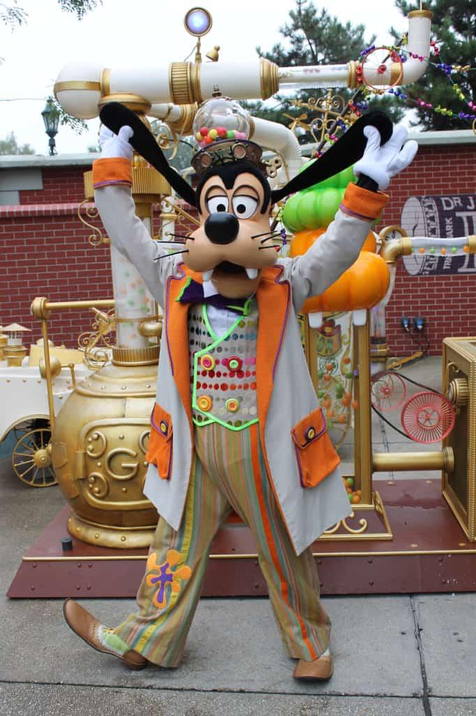 Disneyland Paris, characters, Goofy