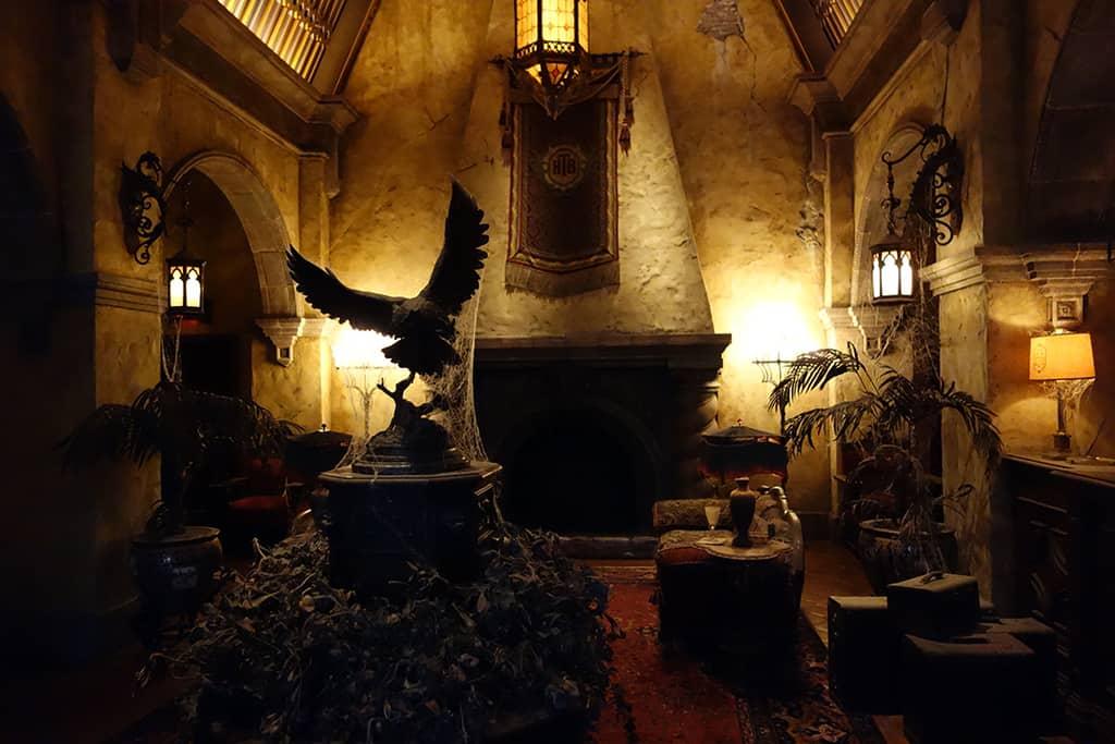 Tower of Terror Hollywood Studios Walt Disney World Kenny the Pirate (2)