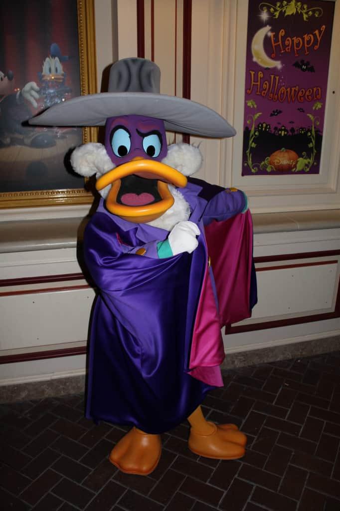 Disneyland Paris, Characters, Halloween, Darkwing Duck