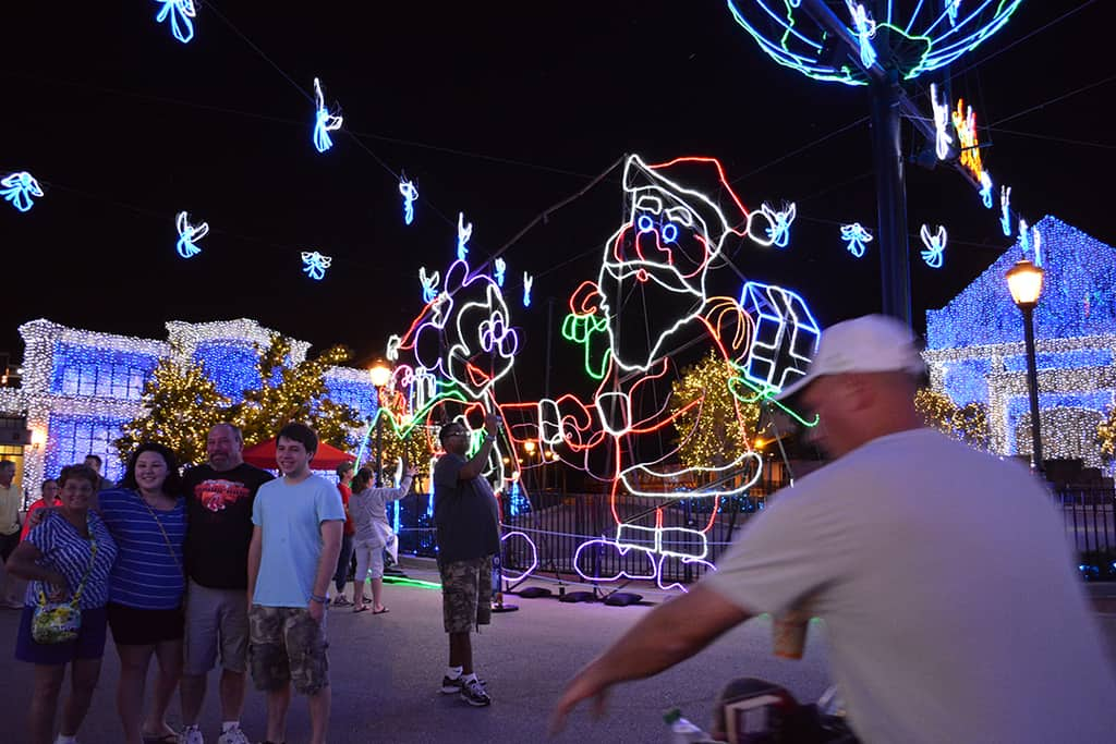 Walt Disney World, Hollywood Studios, Osborne Family Spectacle of Dancing Lights, Christmas Lights