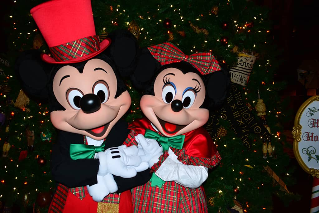 Walt Disney World Animal Kingdom Lodge Jambo House Christmas Characters Mickey and Minnie