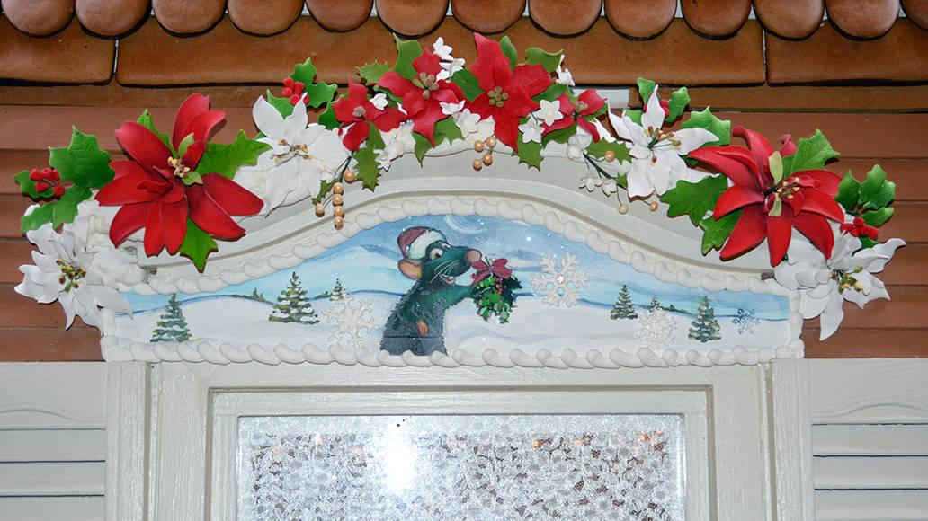 Walt Disney World Grand Floridian Christmas decor Christmas Characters Mickey and Minnie (19)