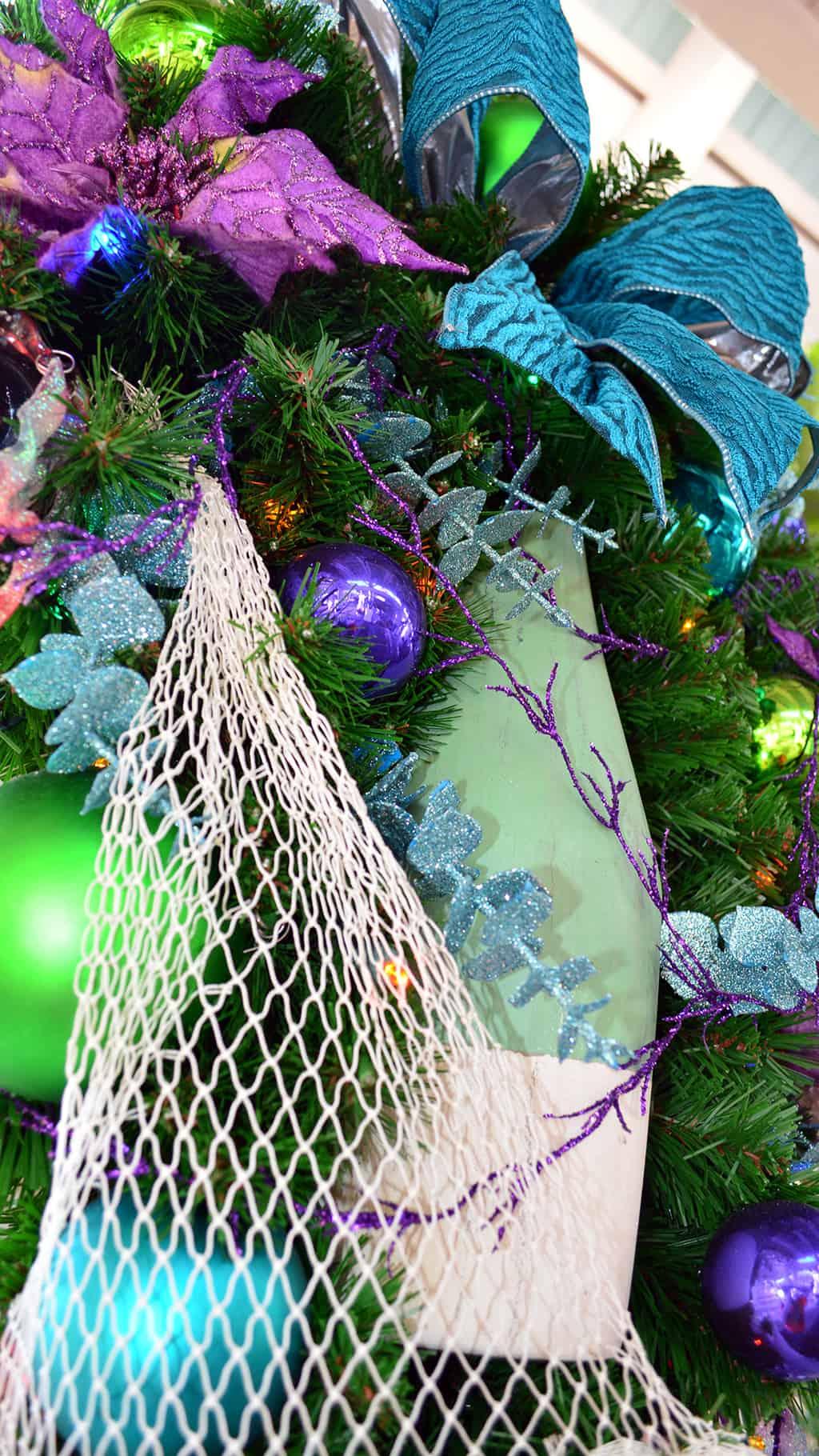 Walt Disney World Old Key West Resort Christmas Characters Santa Goofy Christmas Decor (19)