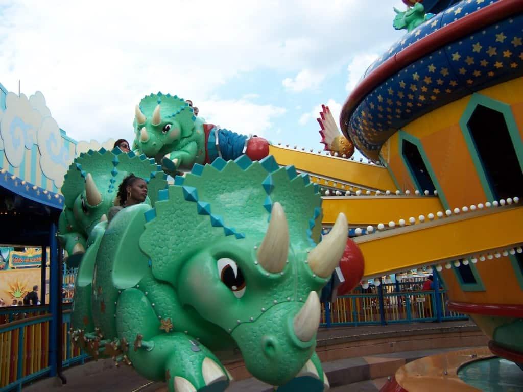 Walt Disney World, Animal Kingdom, Attractions, Triceratop Spin