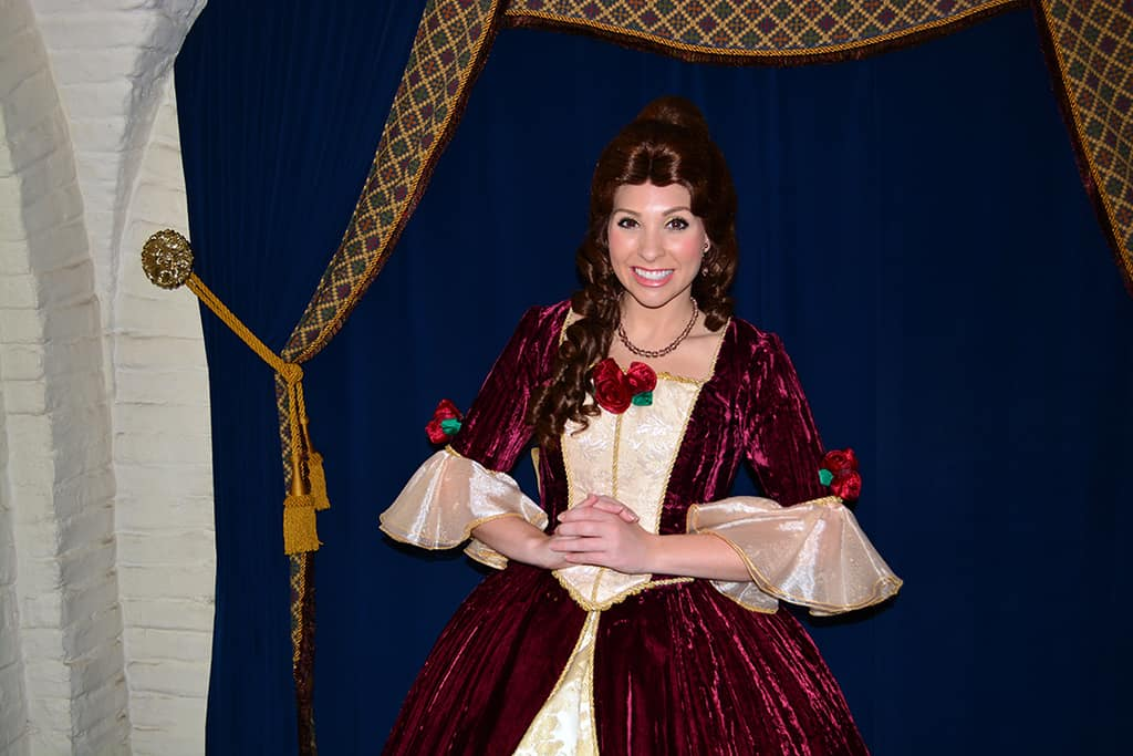 Princess Dining at Akershus Royal Banquet Hall in Norway at Epcot ...