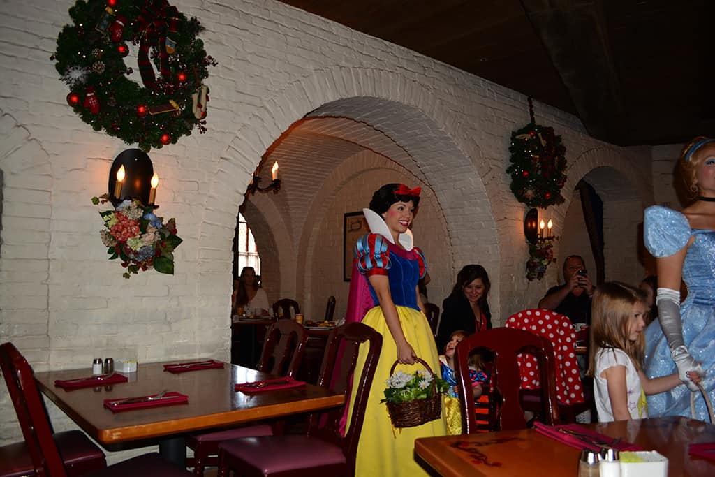 Walt Disney World, Epcot, Akershus Royal Banquet Hall, Princess Character Meal, Belle in Christmas Dress, Snow White