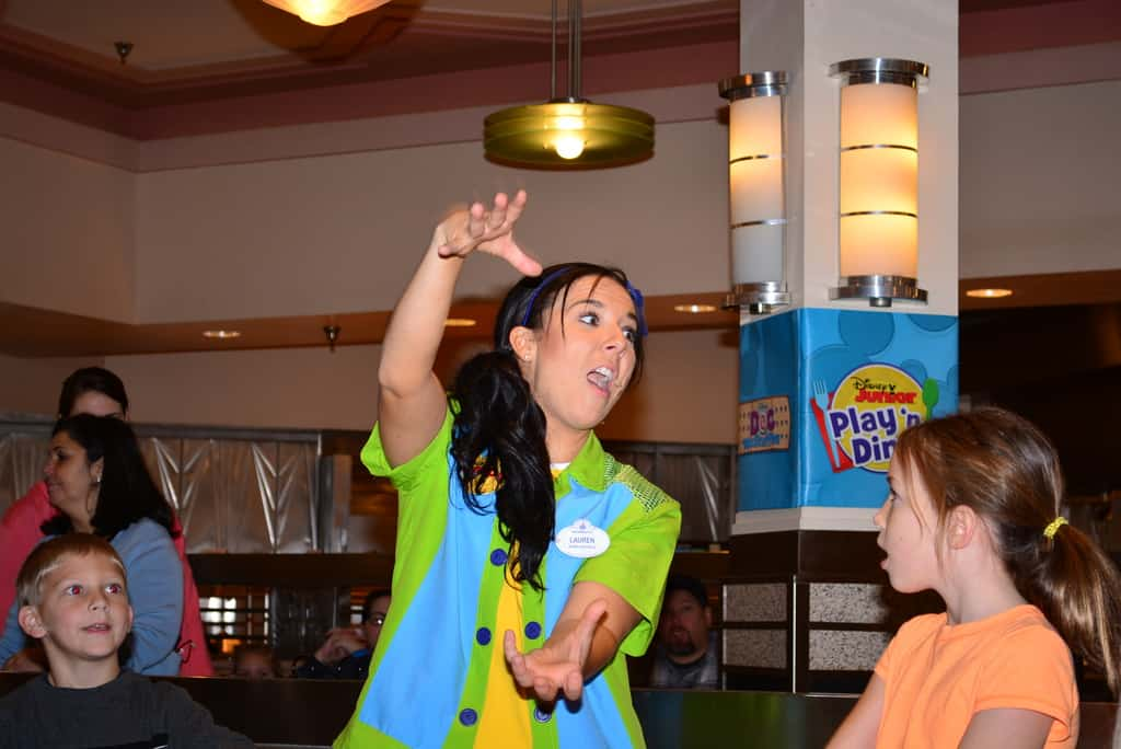 Walt Disney World Hollywood and Vine Character Meal (42)