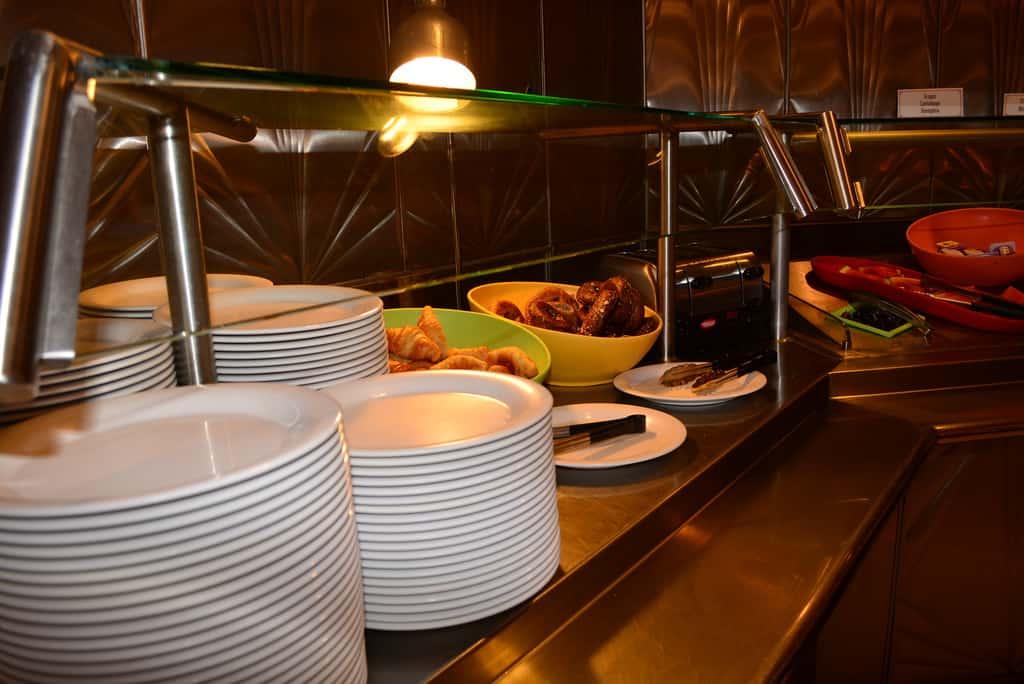 Walt Disney World, Hollywood and Vine, food