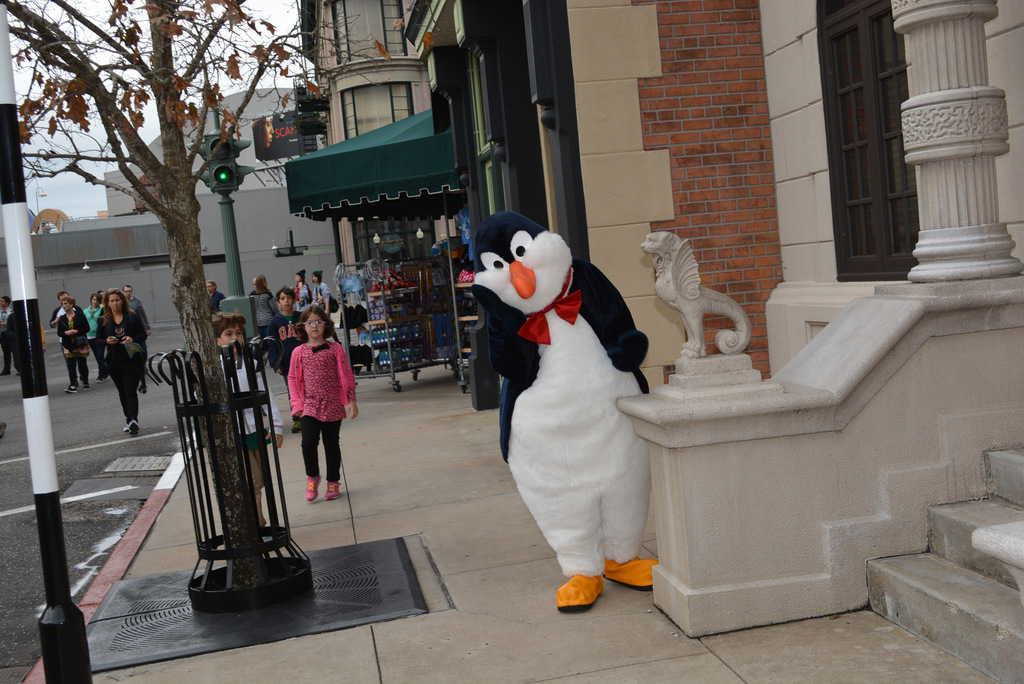 Walt Disney World, Hollywood Studios, Streets of America, Character Palooza, Penguin