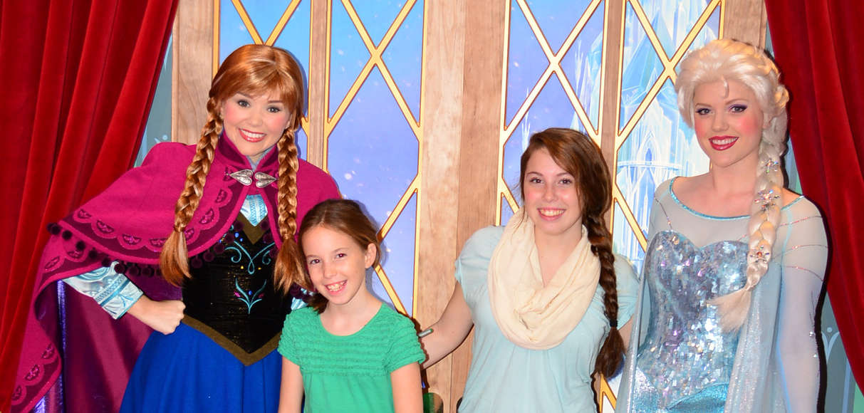 Anna and elsa frozen meet and greet archives kennythepirate tag archives anna and elsa frozen meet and greet kristyandbryce Gallery
