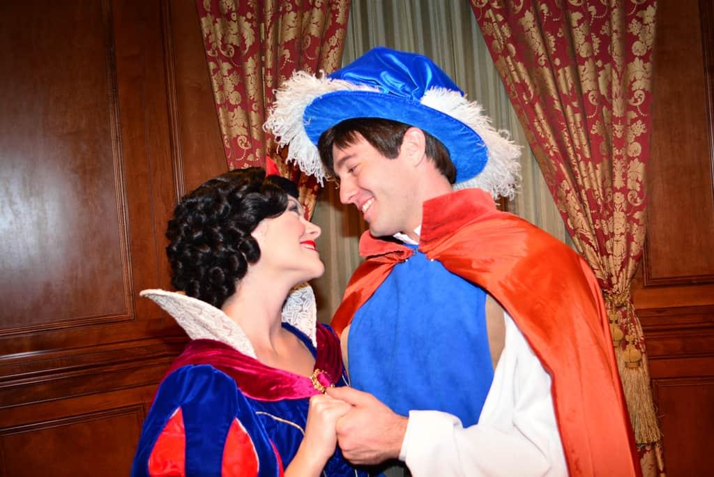 Walt Disney World, Magic Kingdom, Characters, Valentines Day, Snow White and Snow Prince