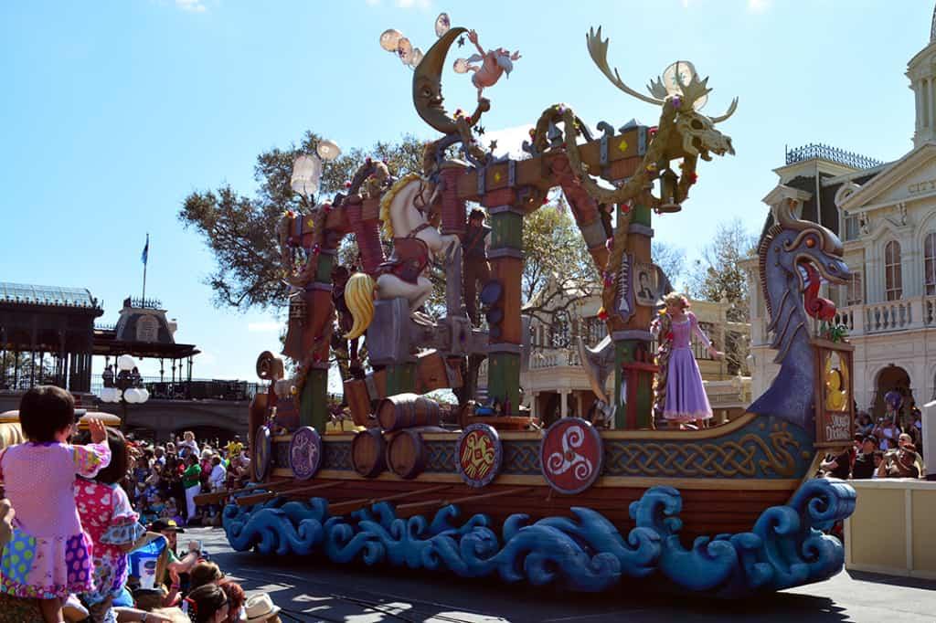 Walt Disney World, Magic Kingdom, Festival of Fantasy Parade, Tangled Float, Rapunzel