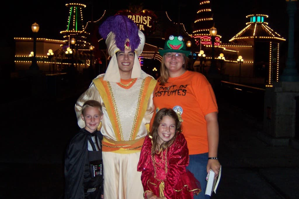 Aladdin as Prince Ali in Disneyland California Adventure Mickey's Halloween Party 2007