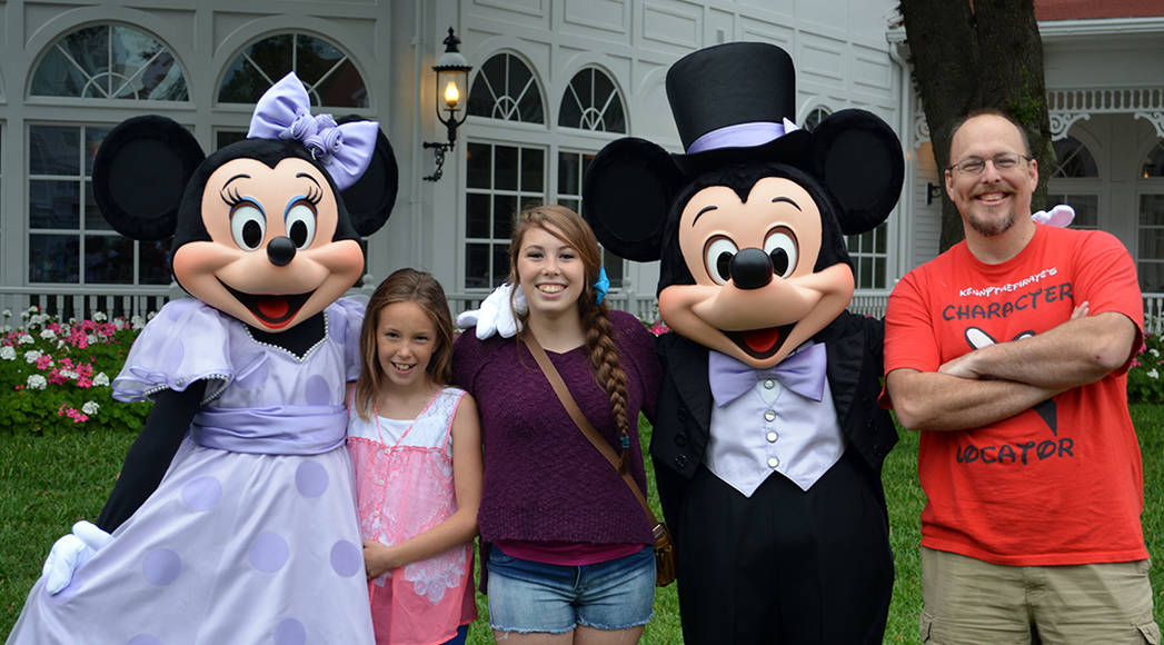 Easter Grand Floridian Resort Characters Mickey and Minnie