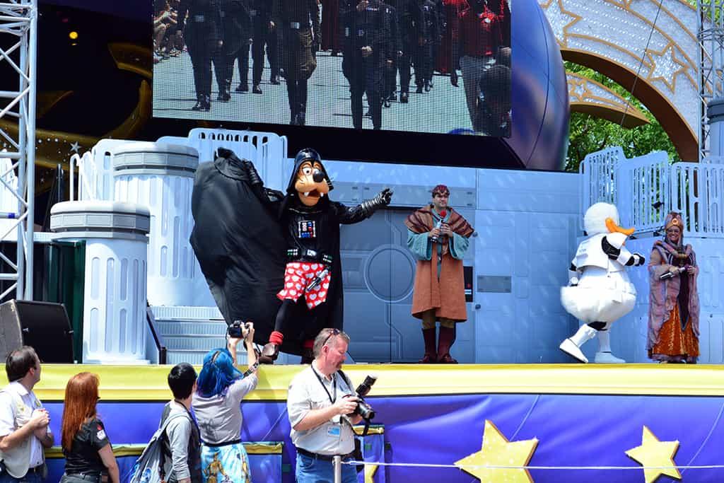 Star Wars Weekends Celebrity Motorcade Feel the Force Premium Package (37)