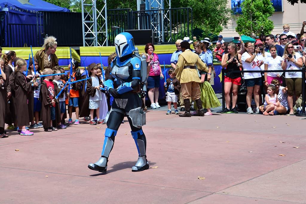 Star Wars Weekends Celebrity Motorcade Feel the Force Premium Package (44)