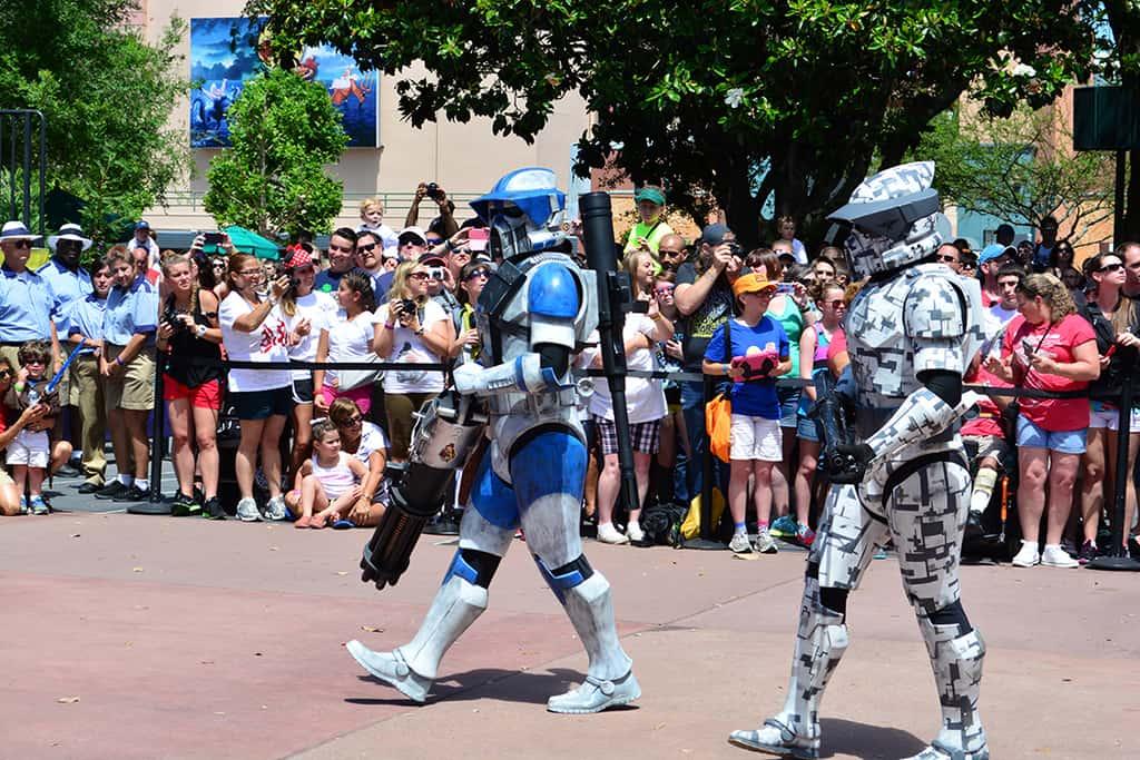 Star Wars Weekends Celebrity Motorcade Feel the Force Premium Package (52)
